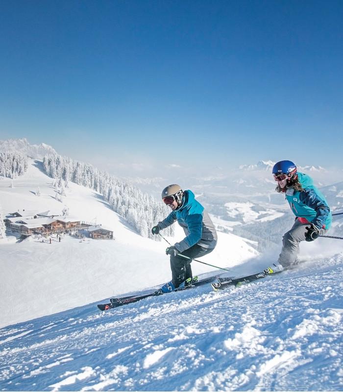 Winterinfos Skifahrer 700x800
